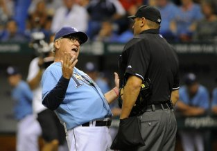 joe-maddon-yells-during-rays-red-sox-game-cdf29d1f0730a443
